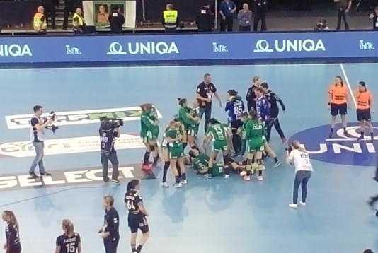 Handball EHF Champions League Final4: Györi Audi ETO KC Champion gegen Vardar Skopje im hochklassigen Match - Foto: SPORT4FINAL