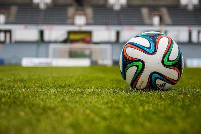 Fußball. RB Leipzig verlängerte mit Leipziger Gruppe - Quelle: pexels