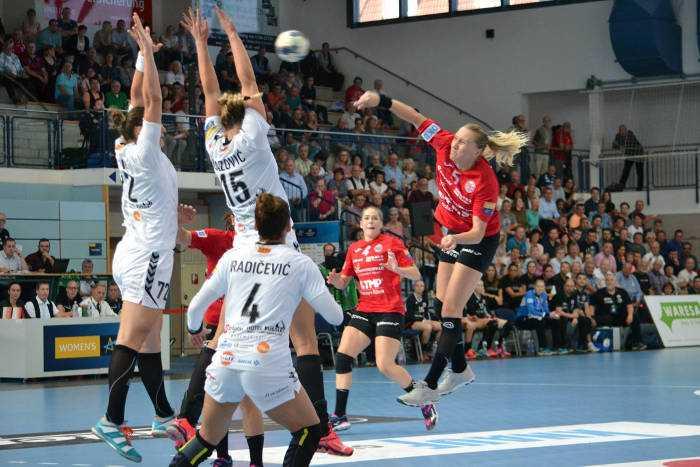 Saskia Lang - Thüringer HC vs. Vardar Skopje - Handball EHF Champions League - Foto: Hans-Joachim Steinbach