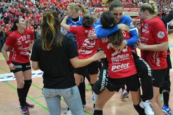 Thüringer HC demontierte SG BBM Bietigheim. Dinah Eckerle Weltklasse. Handball Bundesliga am 08.11.2017 - Foto: Hans-Joachim Steinbach