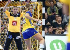 Amandine Leynaud und Isabelle Gullden - Handball WM 2017 Deutschland - Halbfinale Schweden vs. Frankreich - Foto: Jansen Media