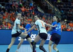 Danick Snelder und Yvette Broch - Handball WM 2017 Deutschland - Niederlande vs. Südkorea - Foto: Jansen Media
