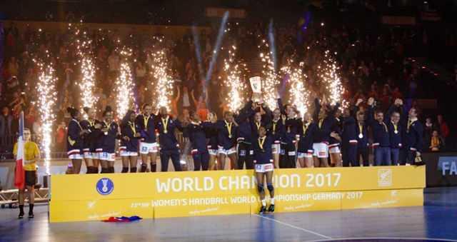 Handball WM 2017 Deutschland - Siegerehrung - Frankreich Weltmeister - Foto: Jansen Media