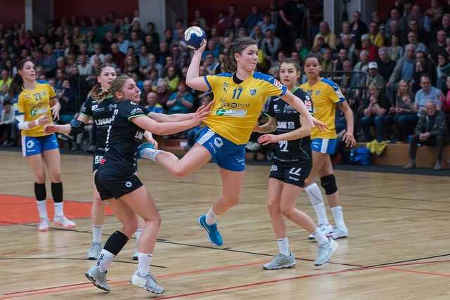 Lea Guderian - HC Leipzig vs. HSG Gedern/Nidda - Handball dritte Liga - Foto: Robby Kunze