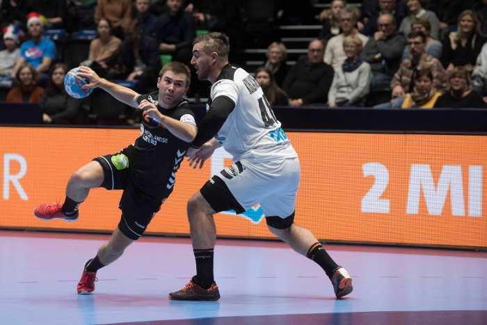 Handball EM 2020 - Deutschland vs. Niederlande - Luc Steins und Jannik Kohlbacher - Copyright: Henk Seppen