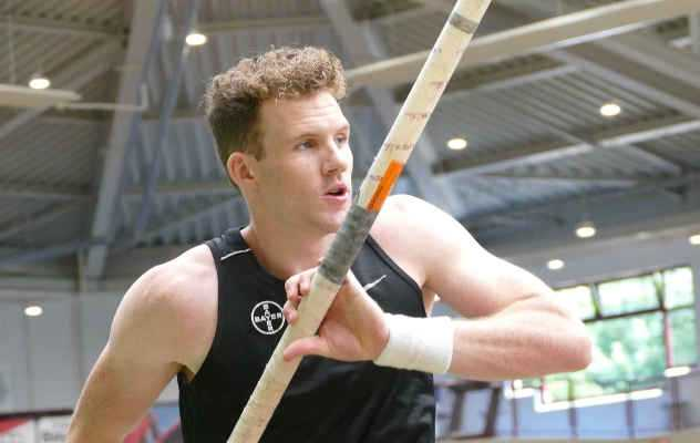 Torben Blech - Leichtathletik - Stabhochspringer - Foto: Harald Koken