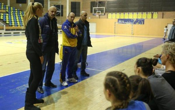 """Pentru Univ. Goldiș ICIM Arad prezența în play-off depinde de un rezultat bun în """"El Clasico"""": """"Să respectăm instoria!"""""""