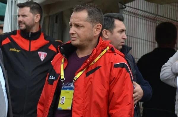 """Șoc la UTA: Doi """"oficiali"""" ai clubului acuzați de complicitate la dare de mită către arbitrul întâlnirii Foresta-Sepsi!"""
