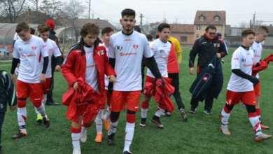 """Photo of UTA Under 17 deschide seria reunirilor în fotbalul arădean: """"Prezența la turneul final, o șansă importantă pentru copii"""""""