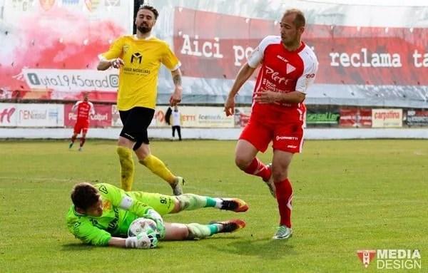 """La revenire, Curtuiuș a produs prima fisură majoră în defensiva Brașovului: """"Dacă jucăm ca în repriza a doua, vom mai aduna multe puncte"""""""