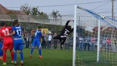 Photo of Livetext Liga a III-a: Național Sebiș – Lunca Teuz Cermei 4-0 și CSM Lugoj – UTA II 2-0, finale
