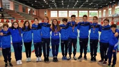 """Photo of Bășcărău și Lazăr, medaliații Gloriei la """"naționalele"""" școlare de natație"""