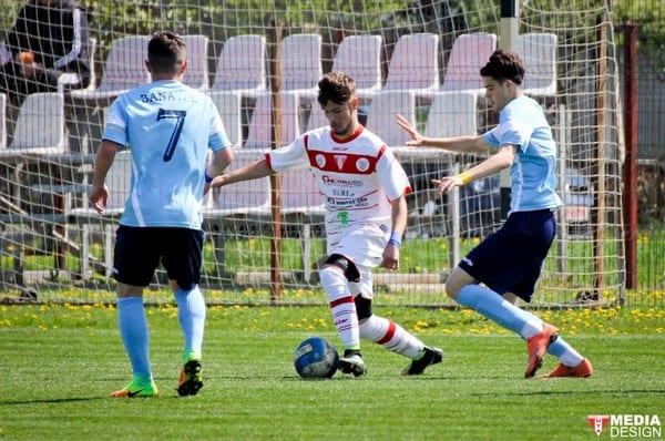 În zece și cu penalty ratat la Elite: Pandurii Târgu Jiu – UTA 2-0