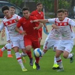 Fotbalul știe să fie și nedrept: UTA Under 19 - Dinamo  1-1, în prima manșă a semifinalei Elite