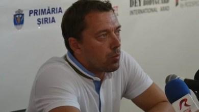 """Photo of Roșu, la mâna conducerii: """"Sunt ambițios, vreau să progresez, dacă rămân vreau să duc UTA în Liga 1!"""""""