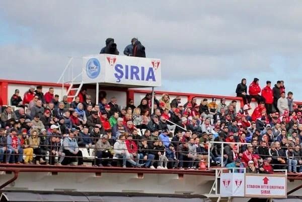 Utiștii așteaptă o ofertă de la LPF pentru dreptul de televizare al meciului de la Șiria, cu Poli! Petre nu mai pleacă la națională și e unul dintre promotorii barajului