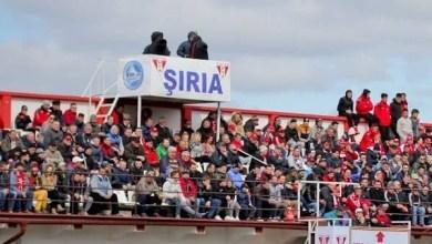 Photo of Utiștii așteaptă o ofertă de la LPF pentru dreptul de televizare al meciului de la Șiria, cu Poli! Petre nu mai pleacă la națională și e unul dintre promotorii barajului