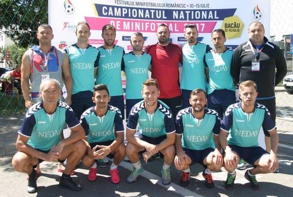 Nedav și Luciano au terminat în picioare turneul final de la Bacău, campioana României la mini-fotbal se decide mâine!