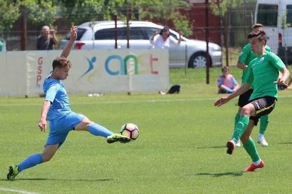 Să înceapă meciurile pe puncte! UTA Under 19 - Academia Gyula   2-1