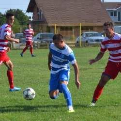 """Juniorii """"alb-roșilor"""" au decis repetiția pentru primul derby arădean pe puncte: Lipova - Cermei 0-2"""
