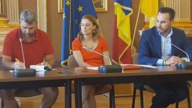 """Photo of Șefii UTA-ei, urecheați de Falcă în momentul semnării acordului pentru milionul de euro de la Primărie: """"Una am vorbit cu ei în birou, altceva au declarat presei"""""""