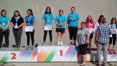 """Photo of Codrean și echipa feminină de pistol a CSM-ului, pe cea mai înaltă treaptă a podiumului la """"naționalele"""" de juniori mari"""