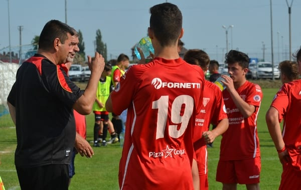 Trupa lui Gaica defilează spre Liga Elitelor: UTA Under 17 – LPS Sebeș 9-0