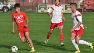 Photo of Șase goluri utiste în poarta juniorilor în jocul școală! Polgar – încercat mijlocaș central, Cârstocea a fost trimis pe stânga
