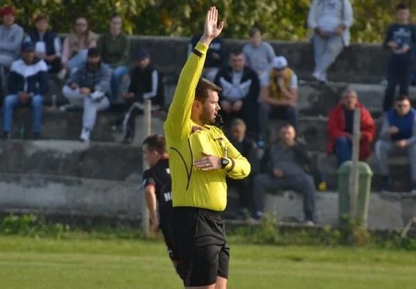 Liga a IV-a Arad, etapa a 11-a: Burza fluieră derby-ul Criș - Ineu