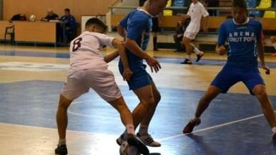 Photo of Campionatul județean de fotbal în sală se mută, în weekend, la Șiria și Satu Nou