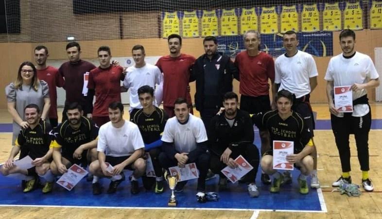 Utiștii noi și vechi au jucat fotbal #cu drag pentru Viitor! Acțiunea de caritate inițiată de Adi Petre a strâns aproximativ 1000 de euro