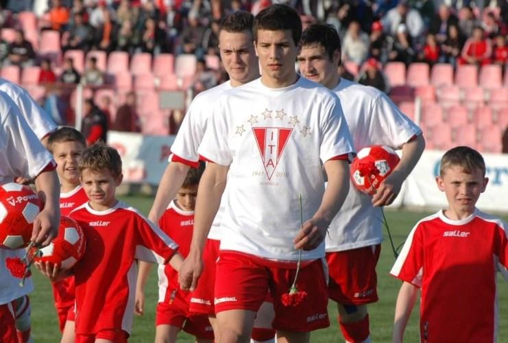 E oficial: arădeanul Țucudean și-a întrerupt activitatea fotbalistică din motive de sănătate