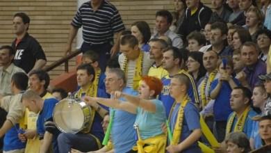 """Photo of Fiori reci pe spinarea fanilor FCC ICIM Arad: """"Există riscul iminent ca acest club să dispară de pe harta sportului românesc"""""""
