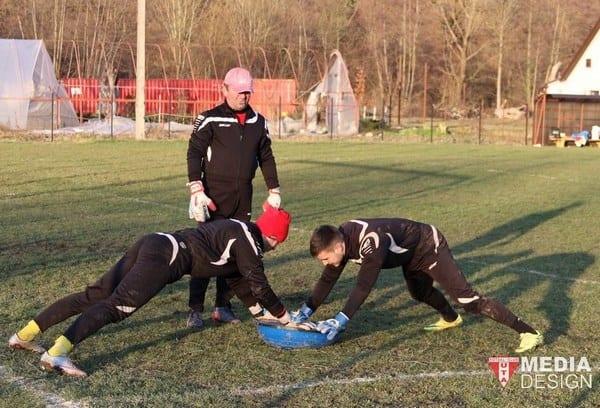 UTA a rezolvat problema portarilor: Barna e bun de joc după un nou consult amănunțit la București