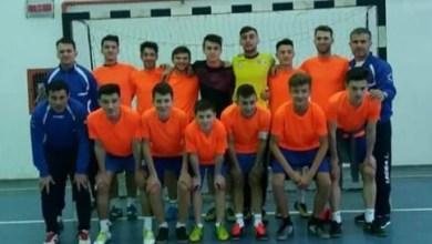 Photo of Pas hotărât spre turul patru al Cupei Under 19 de futsal: Șoimii Șimand – CS Universitar Pitești 10-4