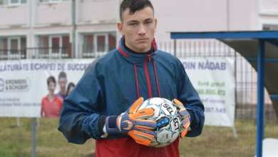 Photo of Crișul și-a luat portar de 17 ani de la Salonta, dar îl așteaptă și pe Morariu