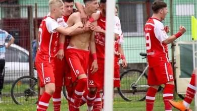 Photo of Și mai aproape de semifinale, Miculescu a marcat chiar de ziua sa: SCM Râmnicu Vâlcea – UTA Under 17  0-6