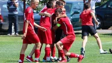 Photo of Șapte fotbaliști arădeni bat la porțile naționalei Under 15! Concurența e mare la Tărlungeni sub privirile Departamentul de Scouting al FRF
