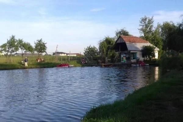 """""""Iazul Sportivilor"""" găzduiește Cupa presei la pescuit sportiv"""