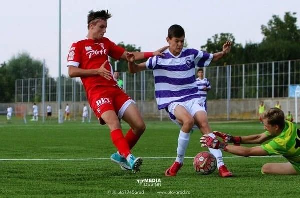 Juniorii UTA-ei au făcut alți pași apăsați spre Liga Elitelor: Echipele Simeriei au încasat 17 goluri la Arad