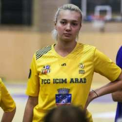Teodora Neagu și antrenorul Miljan Medved reprezintă FCC ICIM la naționala României
