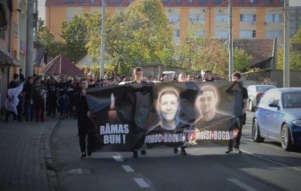 """Utiștii, alături de suporteri la comemorarea lui Moisi și Mihoc: """"Încărcătură aparte cu Poli!"""""""