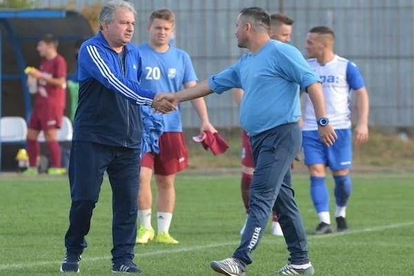 """Abrudean: """"Victorie scurtă, meritată, pentru modul cum ne-am luptat pentru fiecare minge"""" v.s. Petcu: """"Repetăm aceleași greșeli meci de meci"""" + FOTO"""
