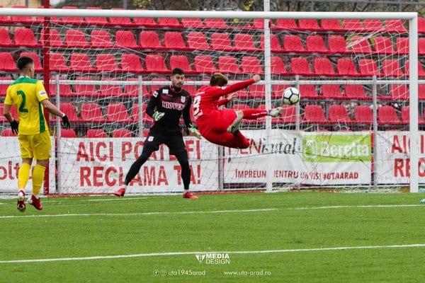 """Rus încheie turul cu zece goluri în """"alb-roșu"""" și se lansează într-un pariu: """"David Miculescu va fi următorul Denis Man"""""""
