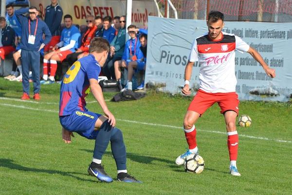 Live-text Liga 3-a, ora 14: Șoimii Lipova - Metalurgistul Cugir 1-0 și Național Sebiș - FC Avrig 0-0, finale