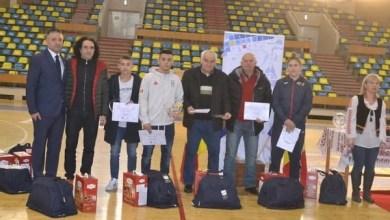 Photo of Direcţia Judeţeană pentru Sport şi Tineret Arad a premiat cei mai buni sportivi arădeni ai anului 2018, dar a oferit și multe alte distincții speciale + FOTO