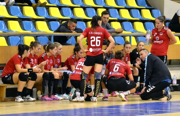 """Handbalistele de la Crișul întâlnesc tot o divizionară secundă în 16-imile Cupei: """"Șanse egale cu Argeșul!"""""""
