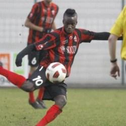 """Senegalezul Sangaré vrea să-l convingă pe Popa că e variantă de """"aripă"""" dreapta la UTA"""