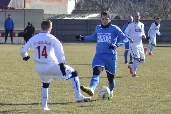 """Poftă de goluri pentru """"alb-albaștri"""" înainte de deplasarea de la Cugir: Victoria Zăbrani – Crișul Chișineu-Criș 1-6"""
