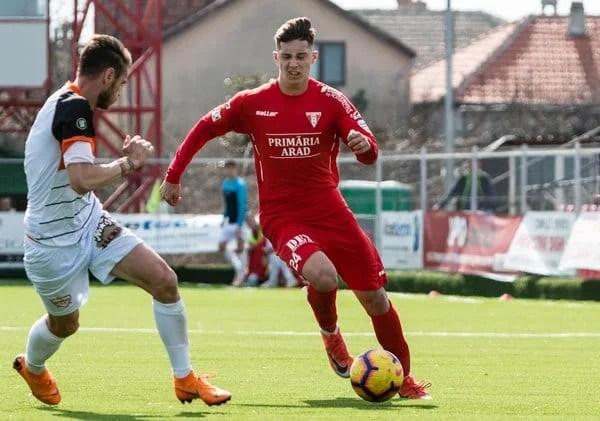 """Miculescu se externează astăzi și ar putea reveni pe gazon pentru ultimele patru runde ale sezonului: """"Își dorea mult să joace cu Poli…"""""""